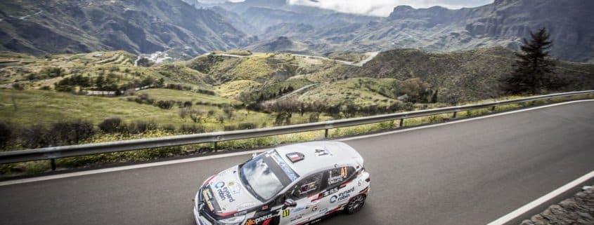 Florian Bernandi con la Renault Clio R3T nell'Erc 3