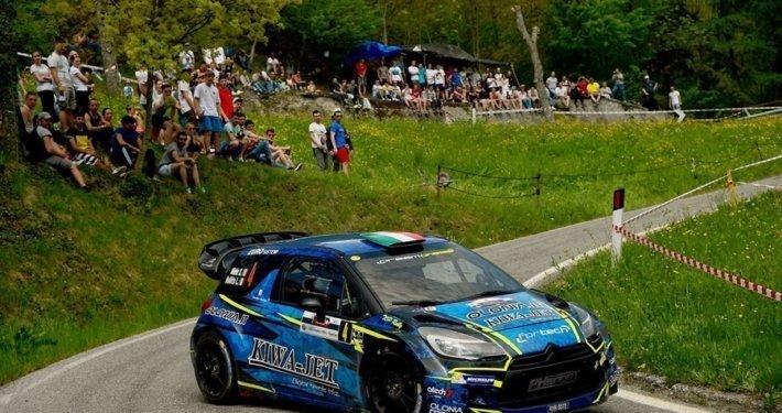 Un passaggio dell'edizione 2018 del Rally 1000 Miglia