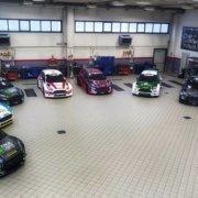 La panoramica dell'officina della Erreffe Rally Team