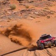 Carlos Sainz velocissimo verso la vittoria della Dakar