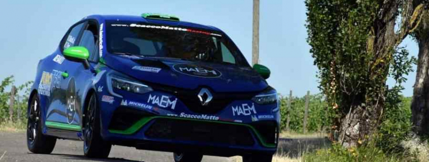 Davide Nicelli testa la Clio Rally4