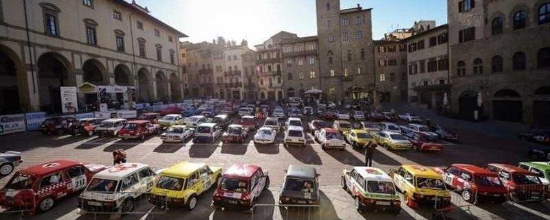 La Piazza Grande di Arezzo sarà, ancora una volta, il cuore pulsante della Historic Rally Vallate Aretine