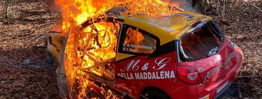 Incendio Rally dei Laghi: divampa la polemica