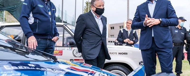 Rallylegend: Jean Todt si congratula con Piarulli e Valli