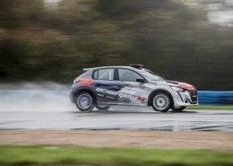 La nuova Peugeot 208 Rally4