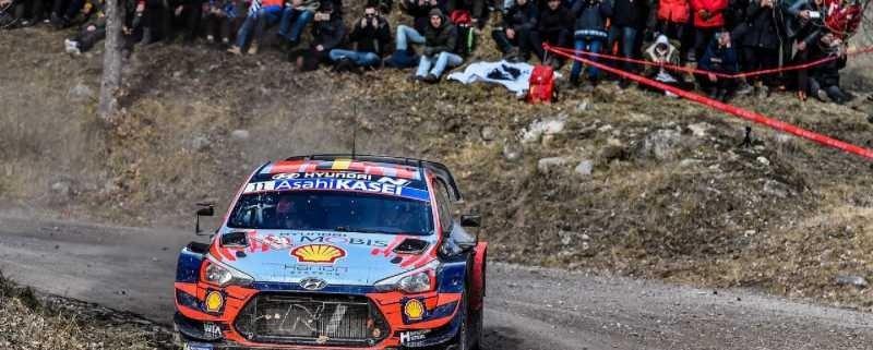 Thierry Neuville attacca sulla PS13 del Rally di MonteCarlo