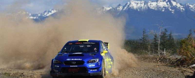 Oliver Solberg con la Subaru WRX STI