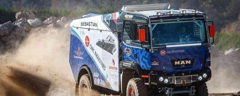Grezzini-Calubrini-Calabria e R-Xteam al via della Dakar Rally