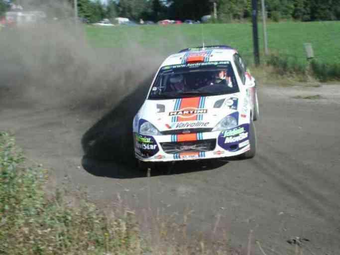 Colin McRae con la Ford Focus WRC Martini